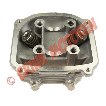 4 takt cilinderkop GY6 150cc (1)